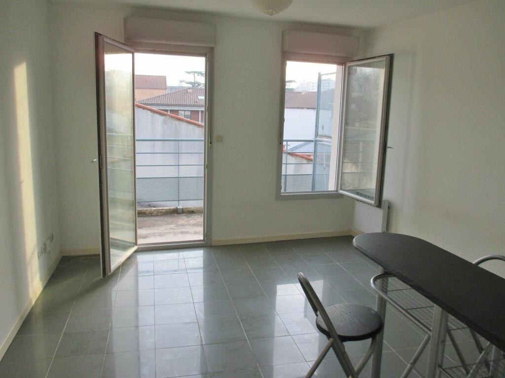 Location Appartement 1 pièce à Toulouse - vignette-1