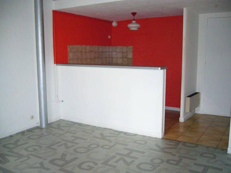 Location Appartement 2 pièces à Labeaume - vignette-1