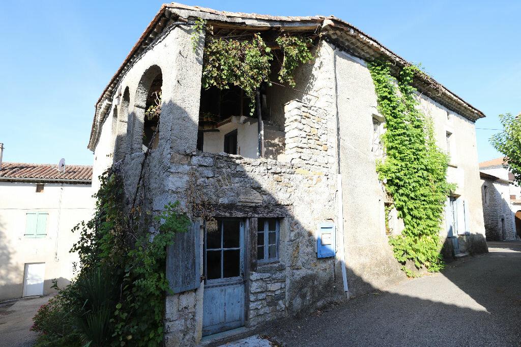 Achat Maison 9 pièces à Grospierres - vignette-2