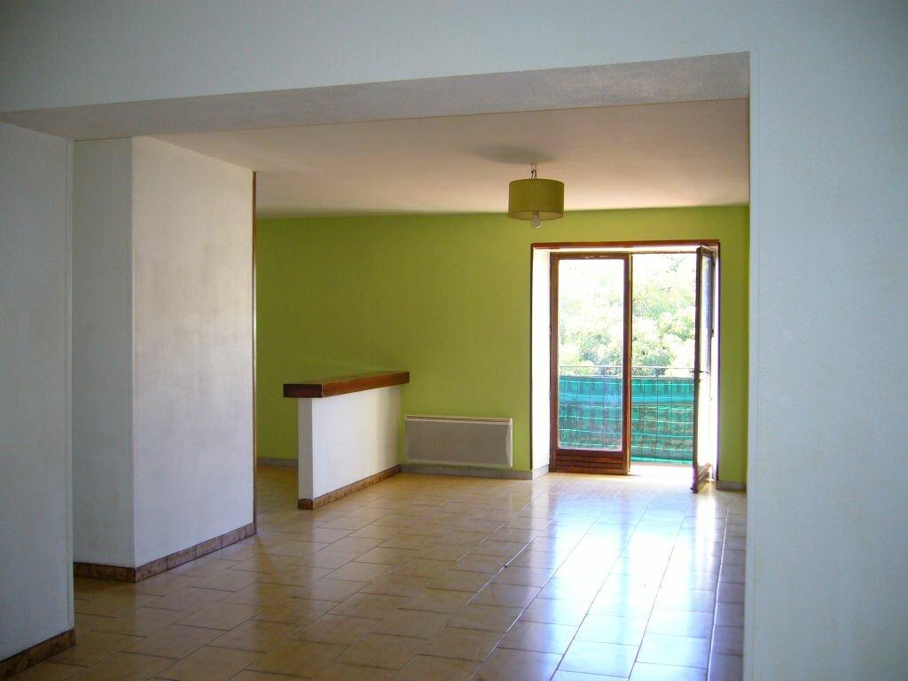 Location Appartement 3 pièces à Labeaume - vignette-1
