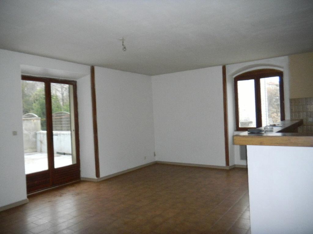 Location Appartement 4 pièces à Labeaume - vignette-1