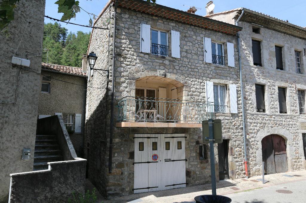 Achat Maison 8 pièces à Jaujac - vignette-1