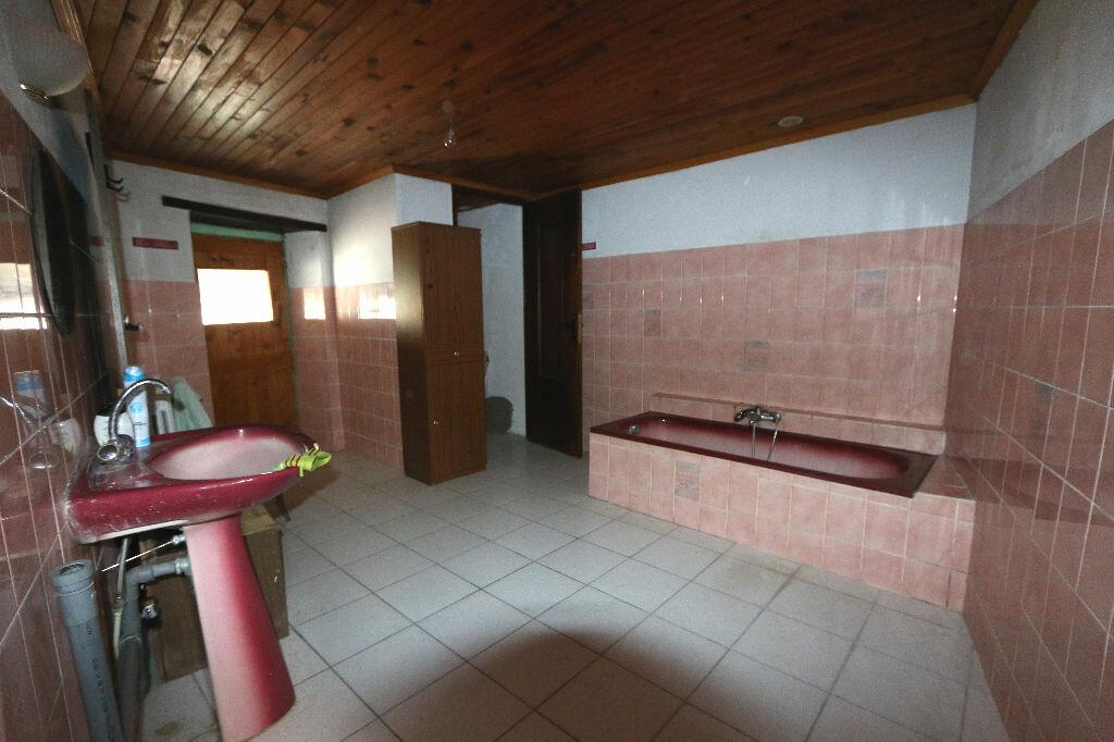 Achat Maison 5 pièces à Saint-Remèze - vignette-11