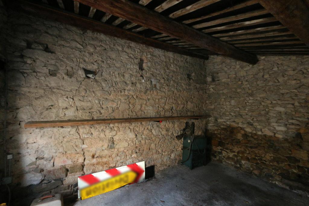 Achat Maison 5 pièces à Saint-Remèze - vignette-12
