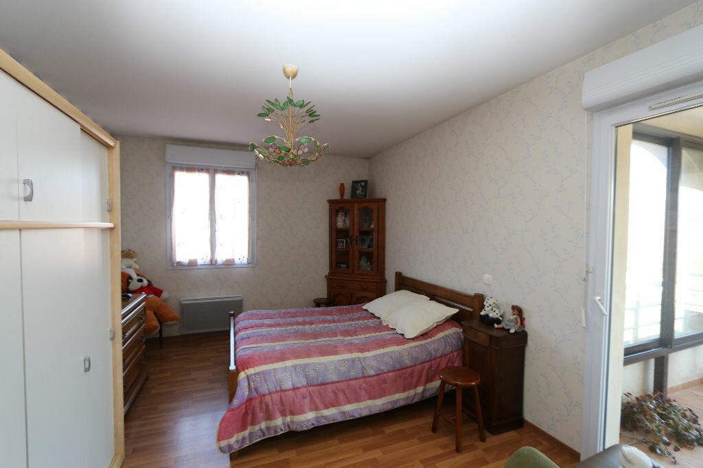 Achat Appartement 3 pièces à Joyeuse - vignette-3