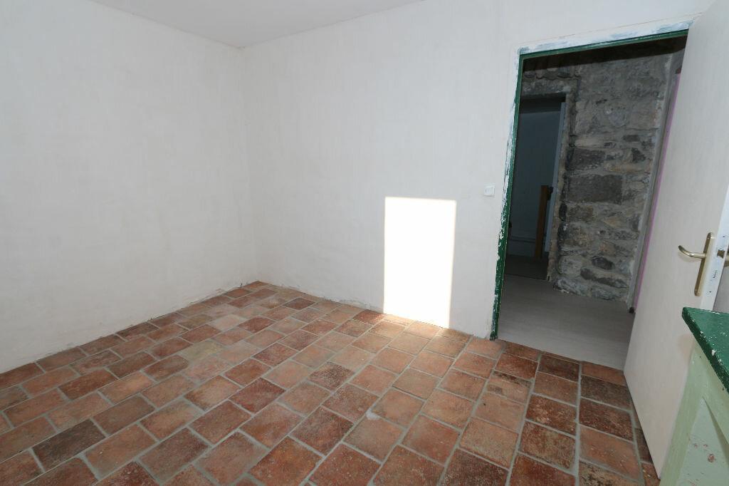 Achat Maison 9 pièces à Berrias-et-Casteljau - vignette-18