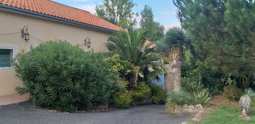 Achat Maison 5 pièces à Castres-Gironde - vignette-3