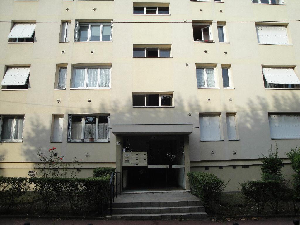 Achat Appartement 4 pièces à Saint-Maur-des-Fossés - vignette-6