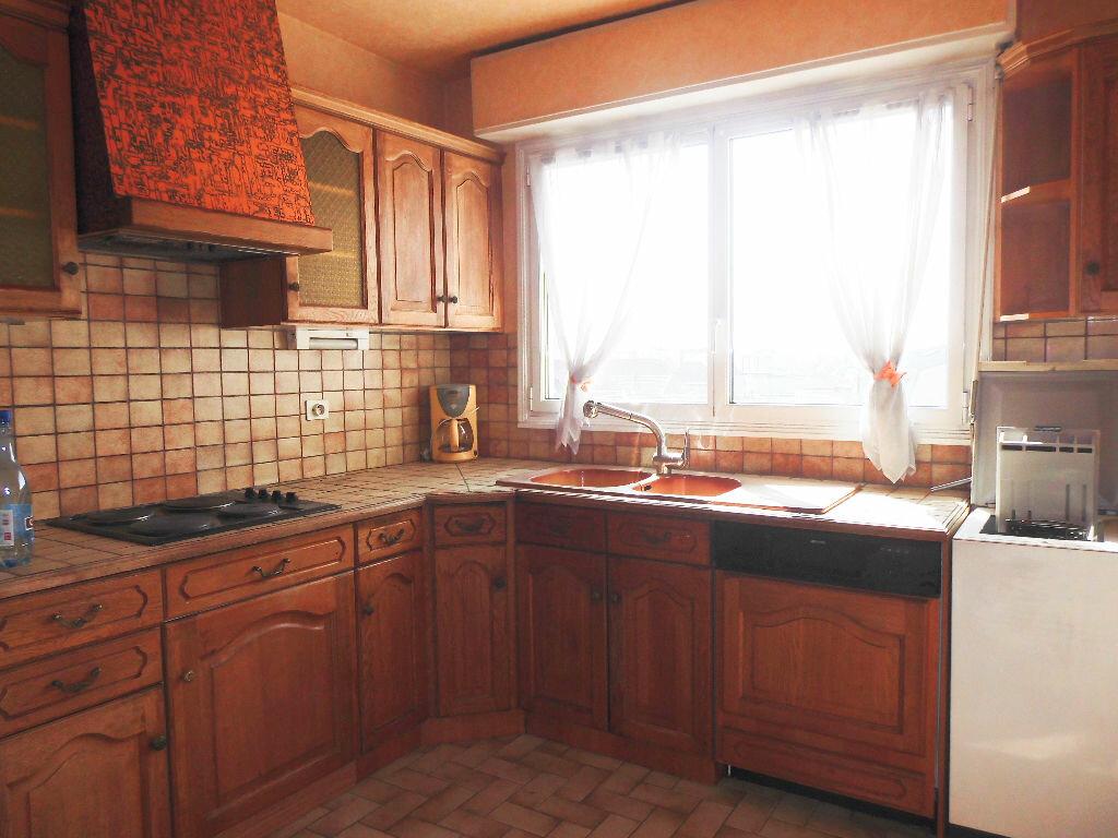 Achat Appartement 4 pièces à Le Bourget - vignette-3