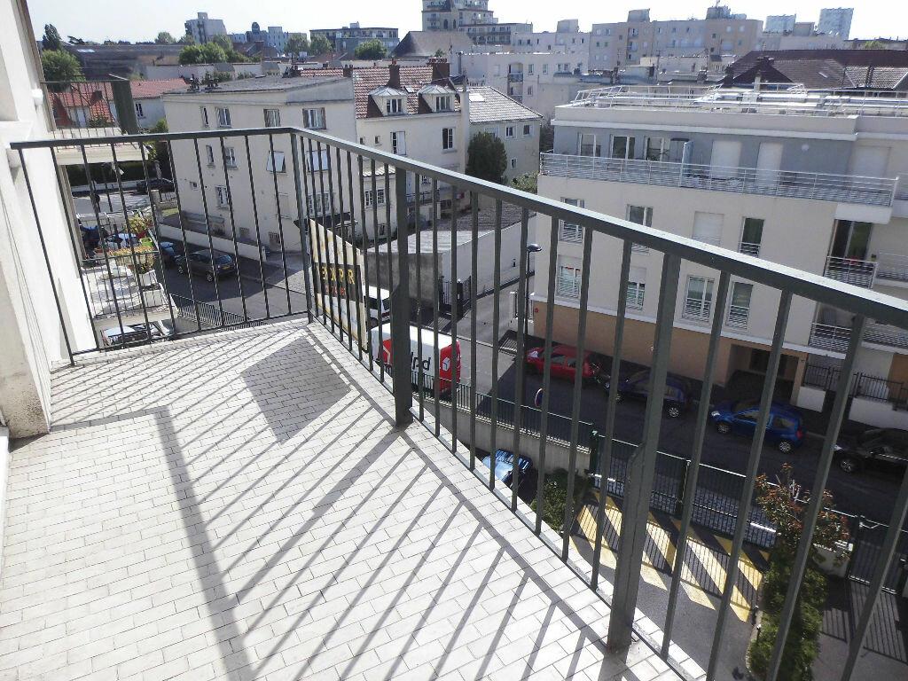 Achat Appartement 4 pièces à Le Bourget - vignette-8