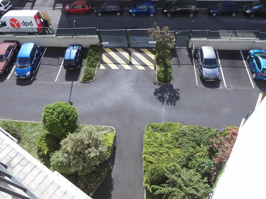 Achat Appartement 4 pièces à Le Bourget - vignette-9