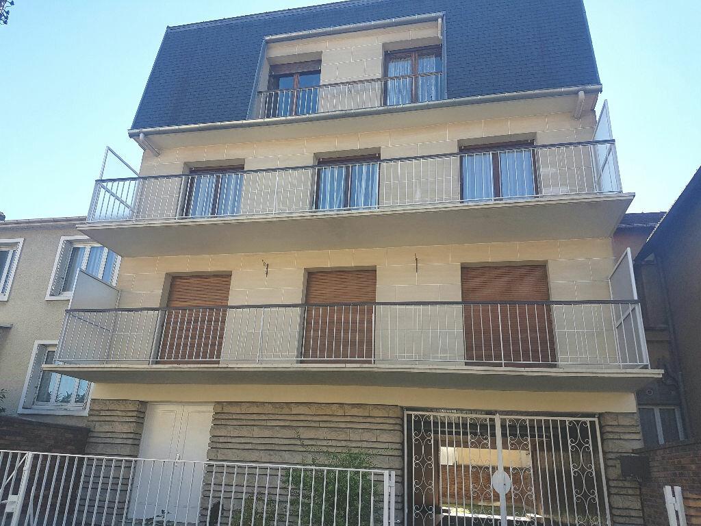 Achat Appartement 2 pièces à Le Bourget - vignette-1