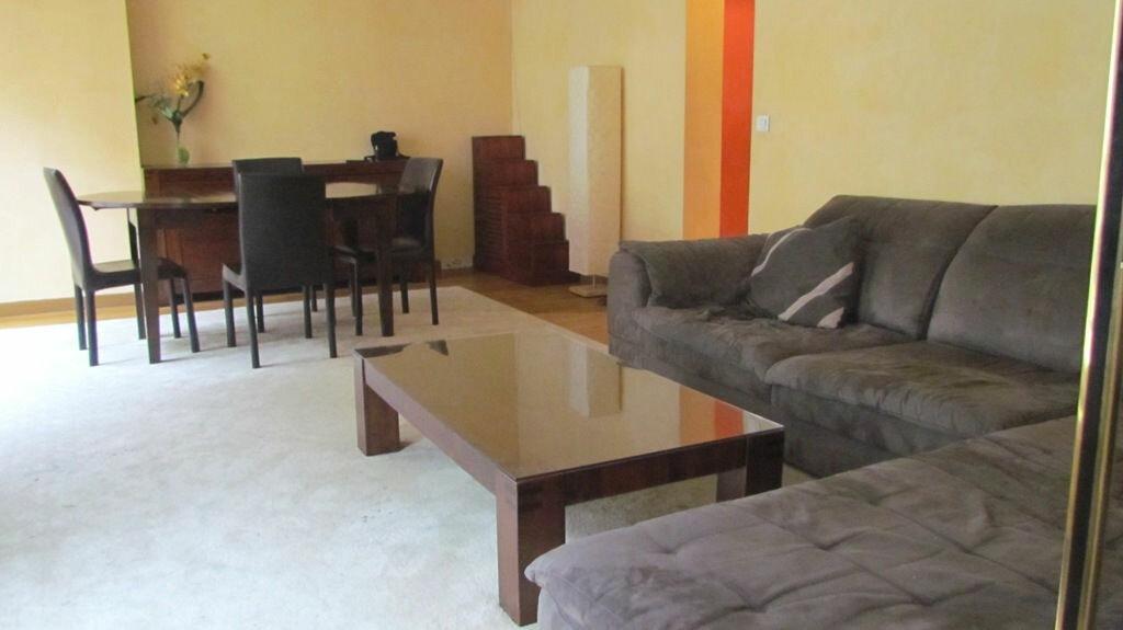 Location Appartement 2 pièces à Paris 16 - vignette-1