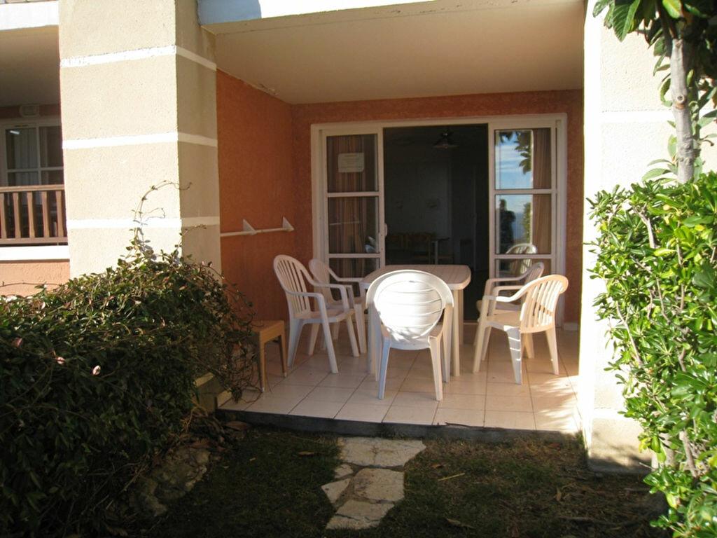Achat Appartement 1 pièce à Saint-Raphaël - vignette-3