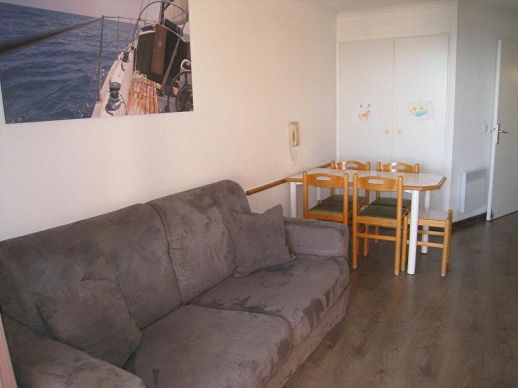 Achat Appartement 1 pièce à Saint-Raphaël - vignette-4