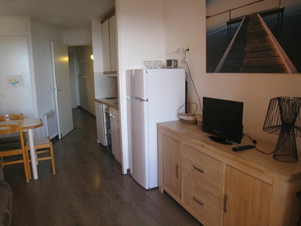 Achat Appartement 1 pièce à Saint-Raphaël - vignette-5