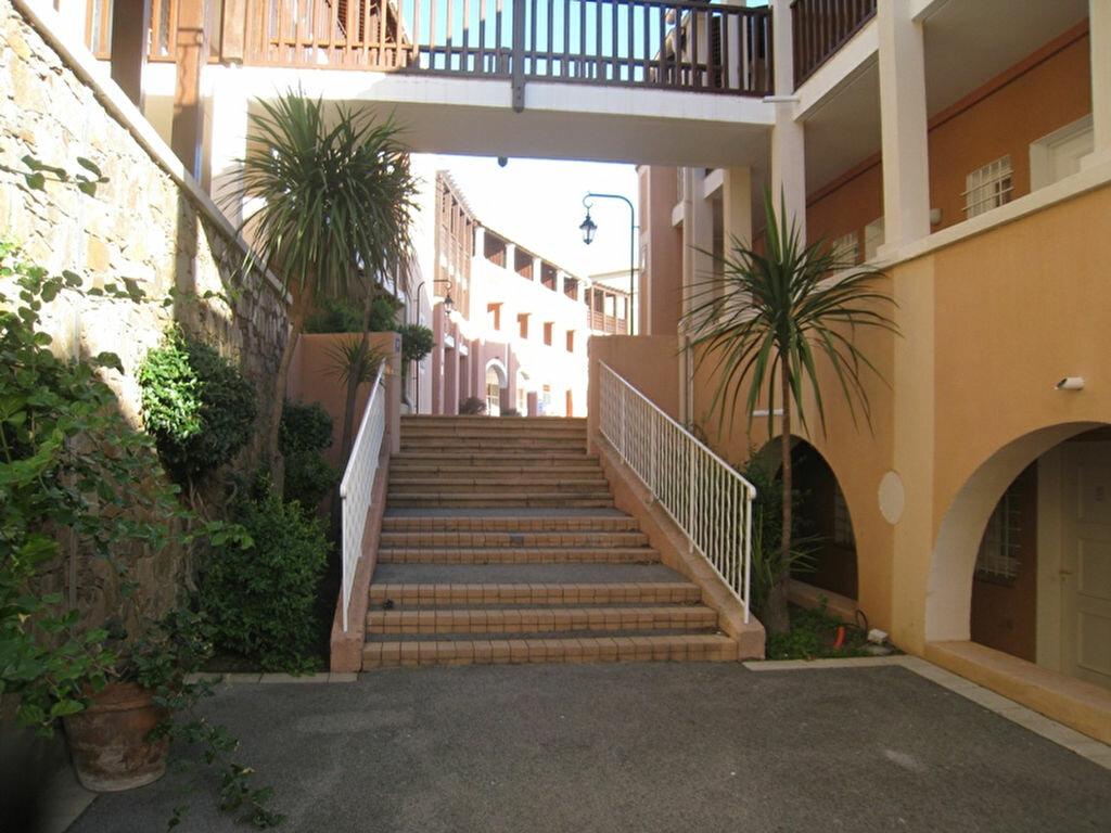 Achat Appartement 1 pièce à Saint-Raphaël - vignette-10