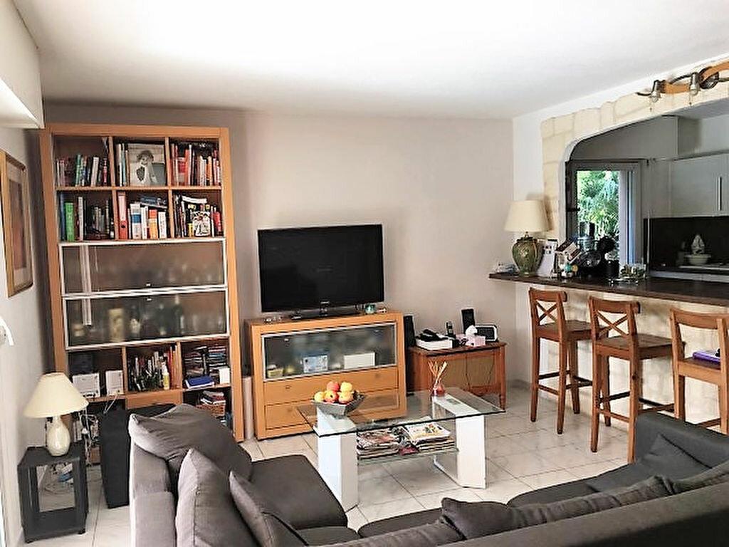 Achat Appartement 4 pièces à Saint-Raphaël - vignette-3