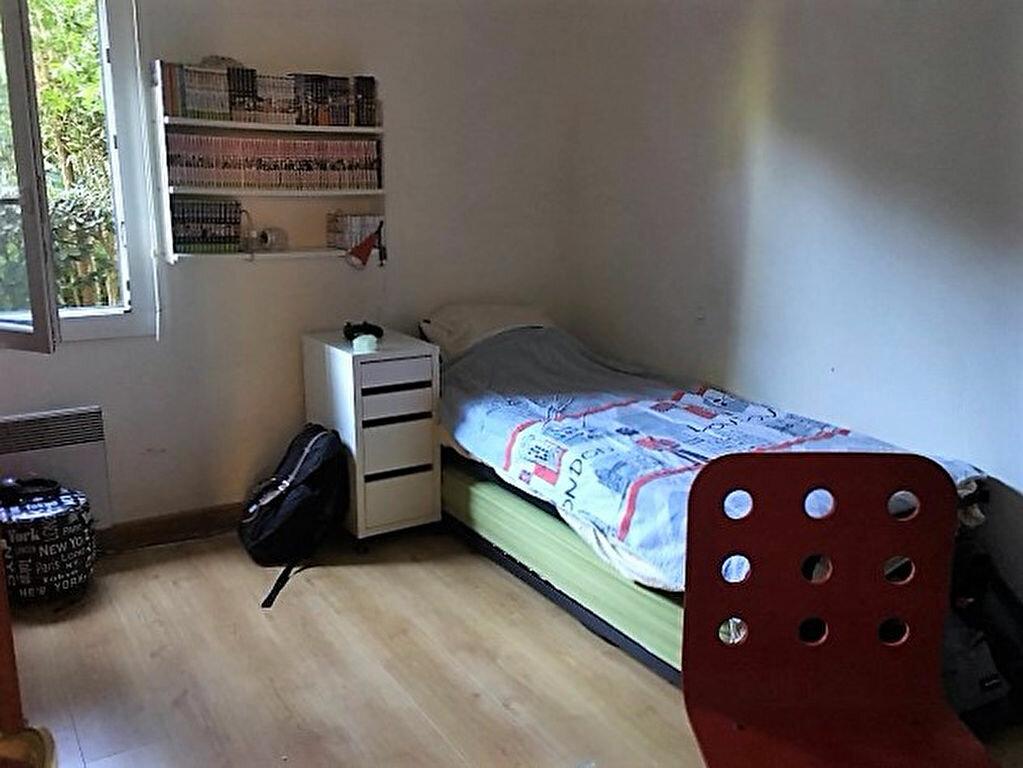 Achat Appartement 4 pièces à Saint-Raphaël - vignette-8