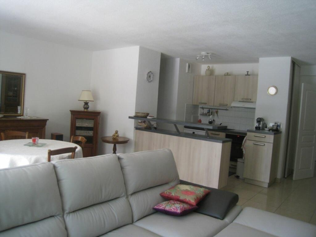 Achat Appartement 3 pièces à Saint-Raphaël - vignette-4