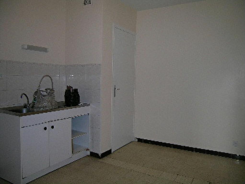 Location Appartement 4 pièces à Sisteron - vignette-1