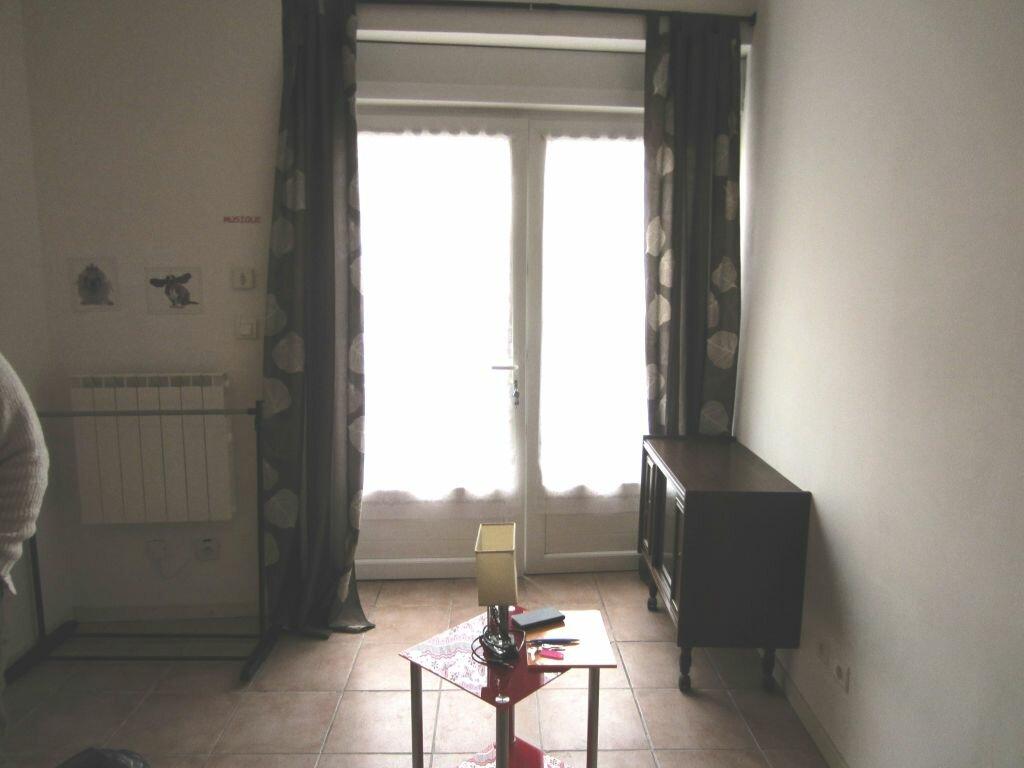 Location Appartement 1 pièce à Sisteron - vignette-1