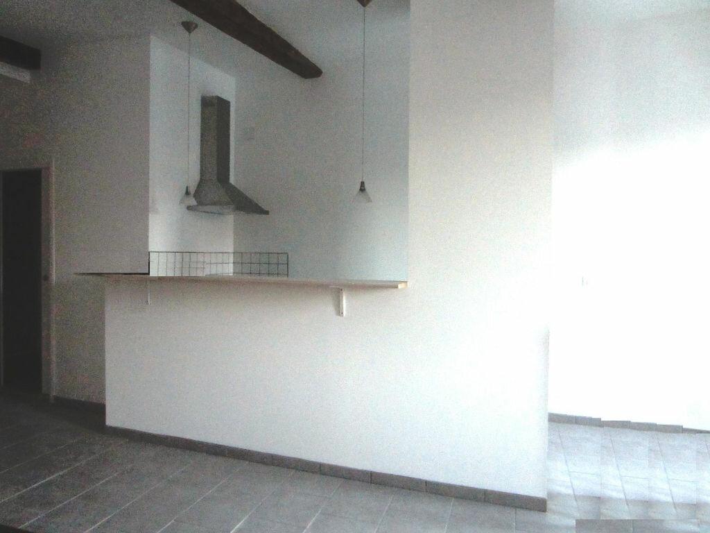 Location Appartement 3 pièces à Sisteron - vignette-1