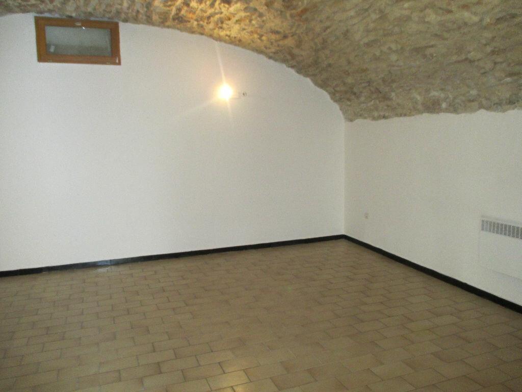 Location Local commercial  à Nîmes - vignette-6