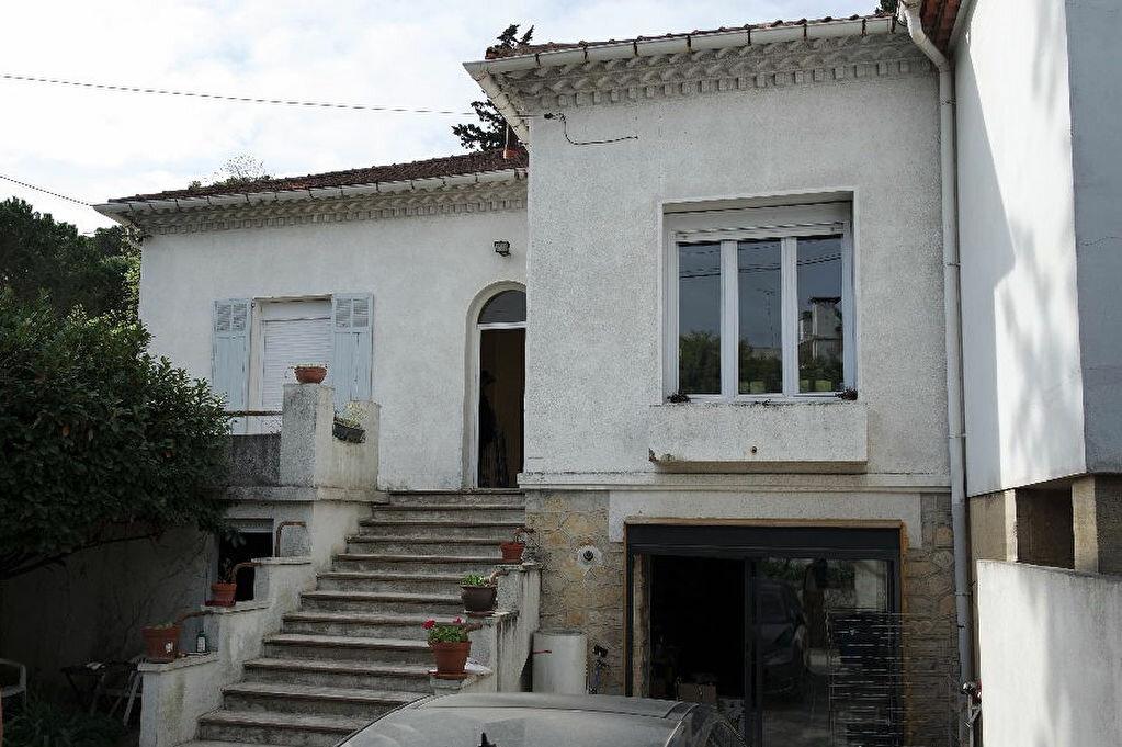 Achat Maison 5 pièces à Nîmes - vignette-1