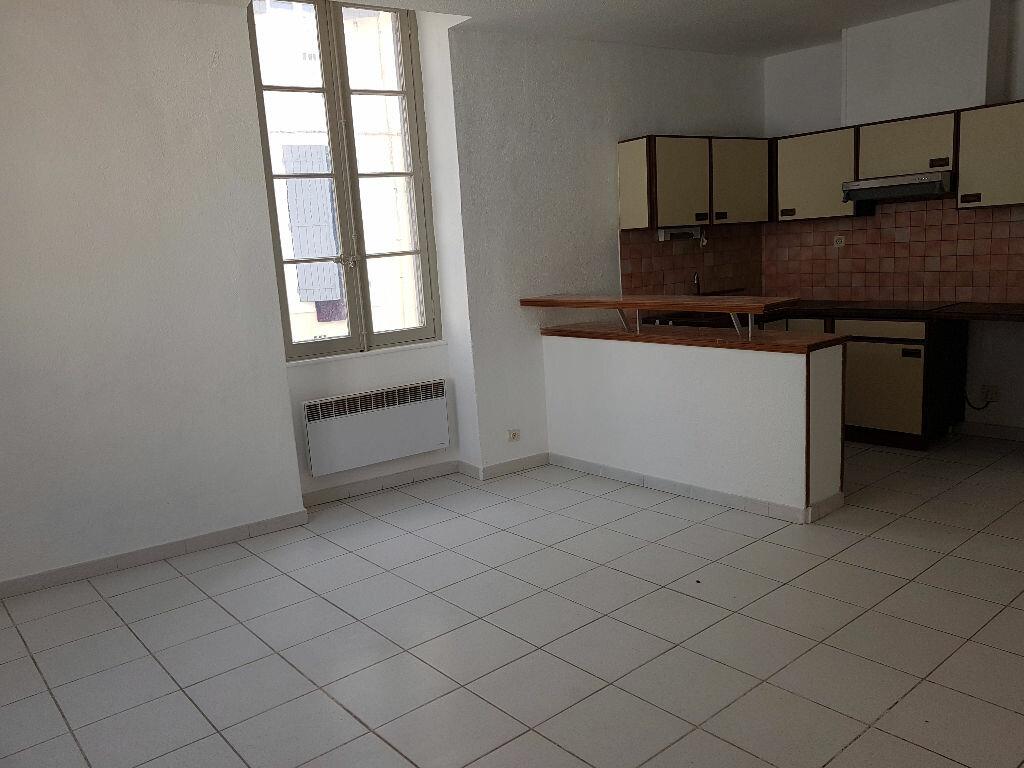 Location Appartement 2 pièces à Nîmes - vignette-4