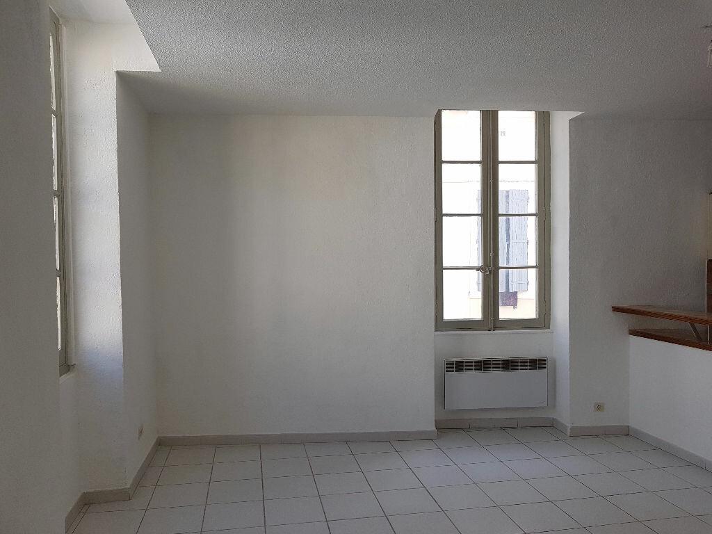 Location Appartement 2 pièces à Nîmes - vignette-10