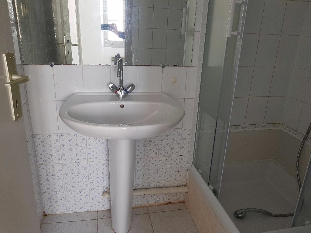 Location Appartement 2 pièces à Nîmes - vignette-11