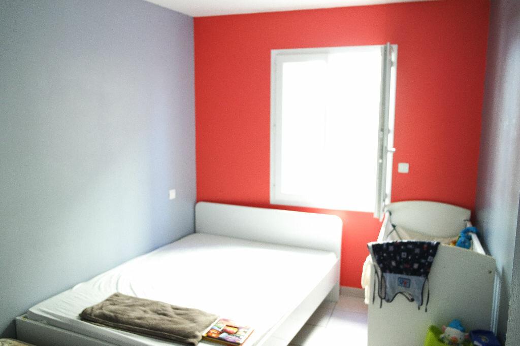 Achat Appartement 3 pièces à Beauvoisin - vignette-1