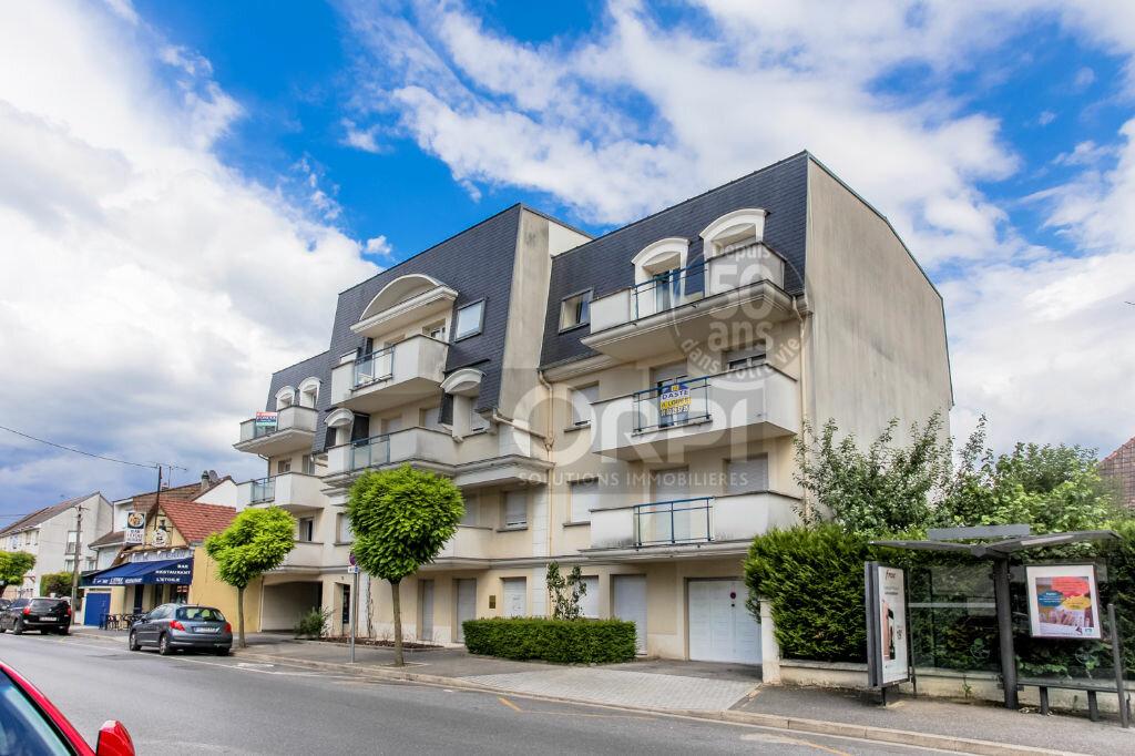 Achat Appartement 5 pièces à Pontault-Combault - vignette-1