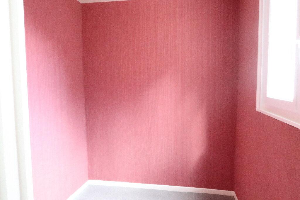 Location Appartement 2 pièces à Saint-Quentin - vignette-4