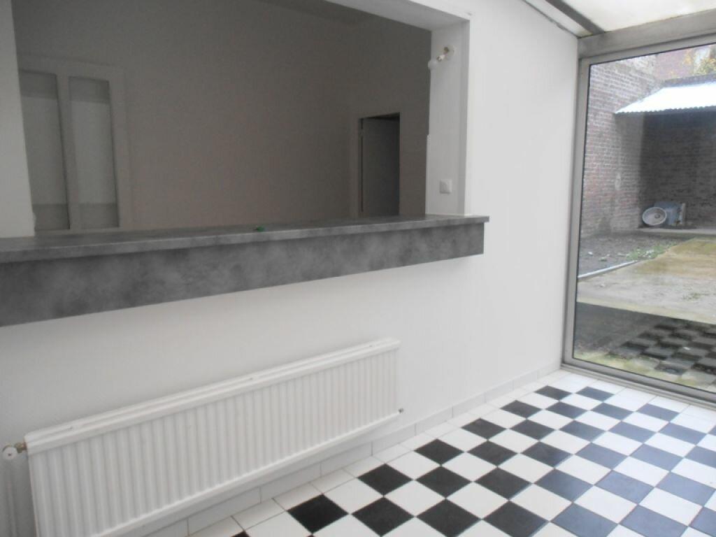 Location Maison 4 pièces à Saint-Quentin - vignette-1