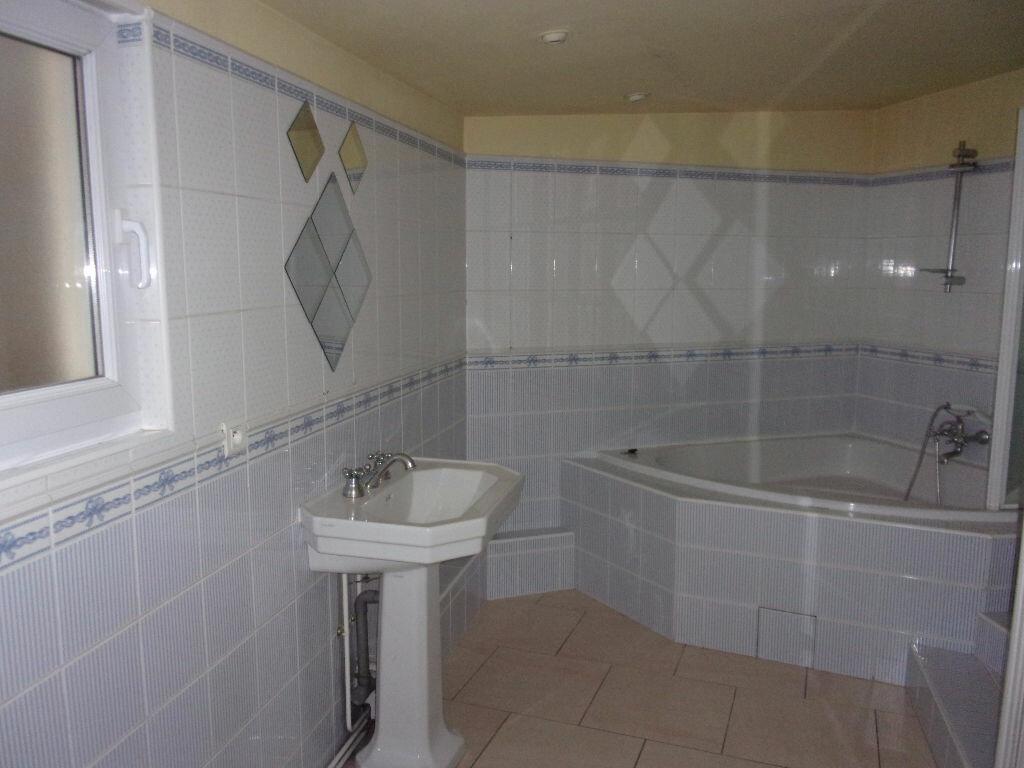 Location Appartement 2 pièces à Saint-Quentin - vignette-6
