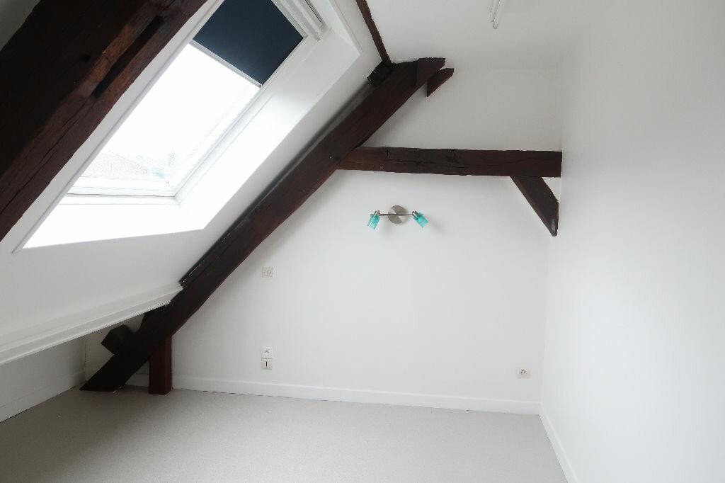 Location Appartement 3 pièces à Saint-Quentin - vignette-5