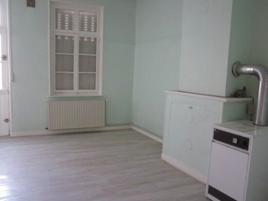 Location Maison 3 pièces à Origny-Sainte-Benoite - vignette-2