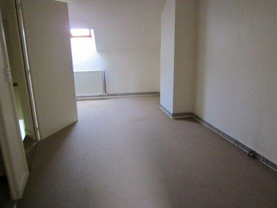 Location Maison 3 pièces à Origny-Sainte-Benoite - vignette-3