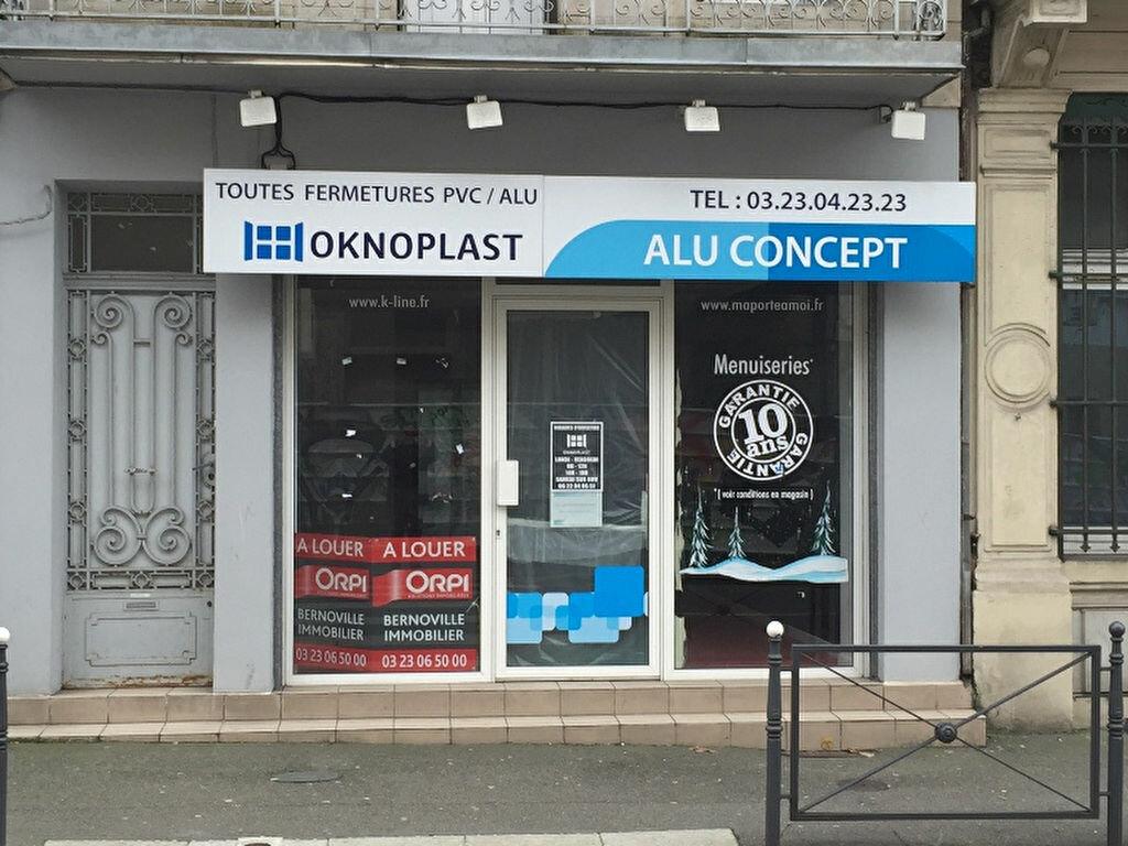 Location Local commercial  à Saint-Quentin - vignette-1