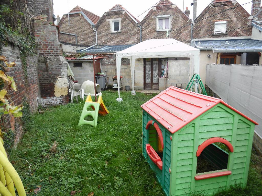 Achat Maison 4 pièces à Saint-Quentin - vignette-3