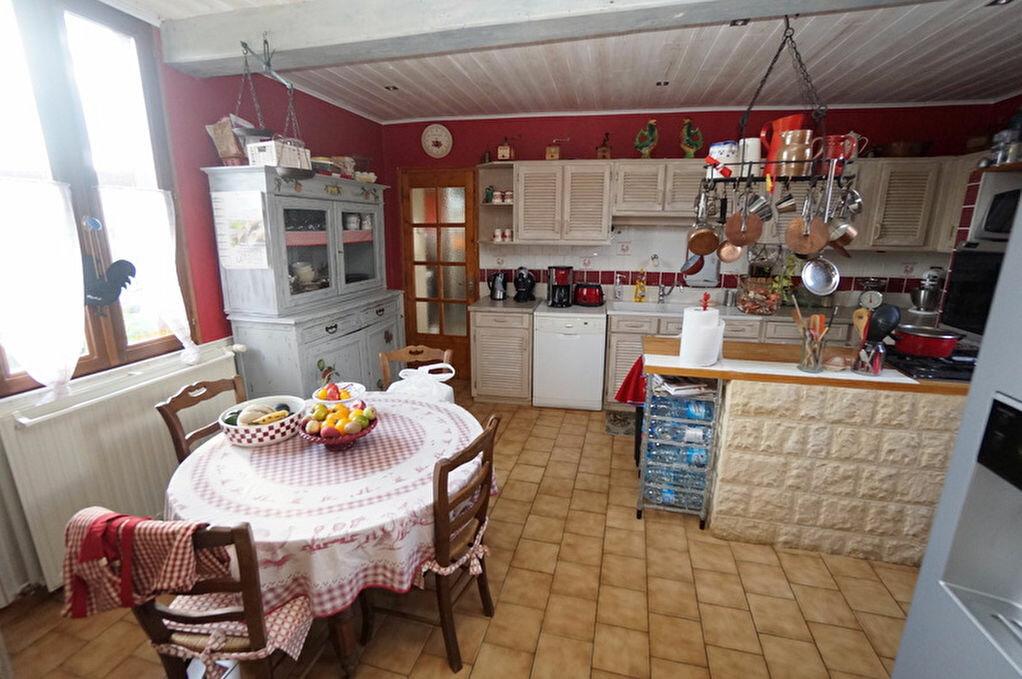 Achat Maison 6 pièces à Beaucourt-sur-l'Hallue - vignette-7