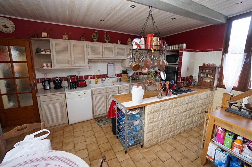 Achat Maison 6 pièces à Beaucourt-sur-l'Hallue - vignette-17