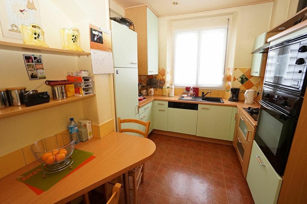 Achat Appartement 4 pièces à Amiens - vignette-4