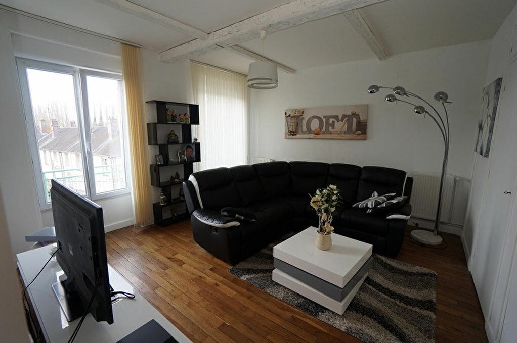 Achat Appartement 4 pièces à Amiens - vignette-6