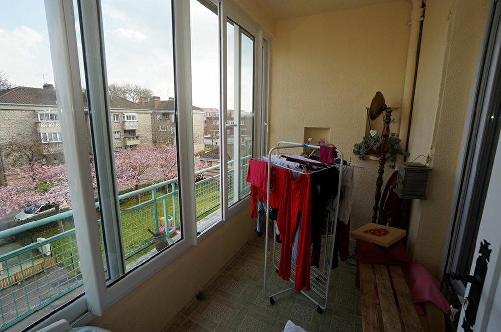 Achat Appartement 4 pièces à Amiens - vignette-9