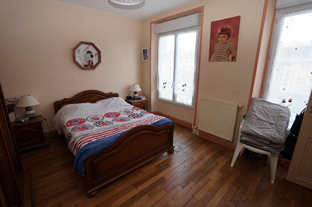 Achat Appartement 4 pièces à Amiens - vignette-12