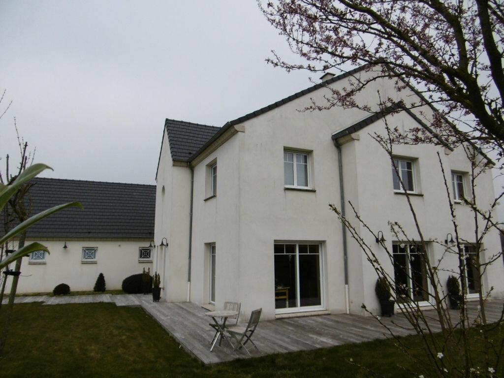 Achat Maison 8 pièces à Mesnil-Saint-Laurent - vignette-1
