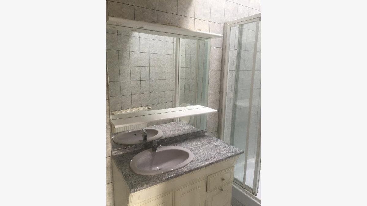 Location Appartement 3 pièces à Saint-Quentin - vignette-7